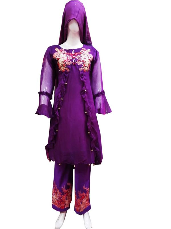 Party Wear Suit For Ladies in Lahore